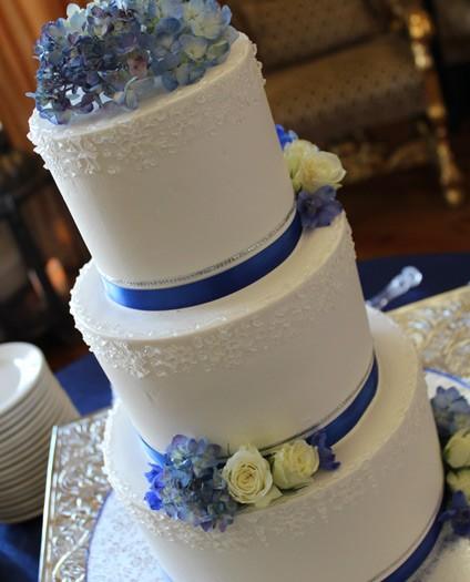 elegant-floral-cake