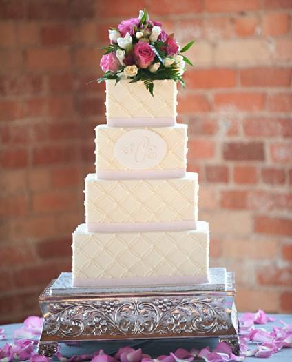 intricate-wedding-cake
