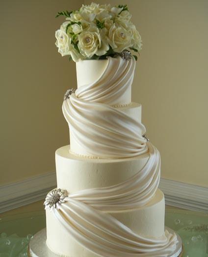 stunning-wedding-cake