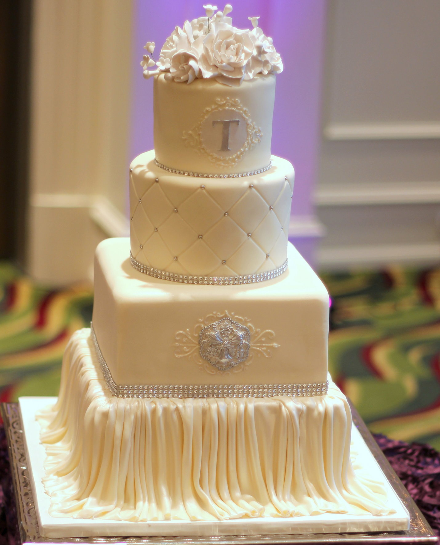 Beautiful Wedding Cakes With Bling And Flowers